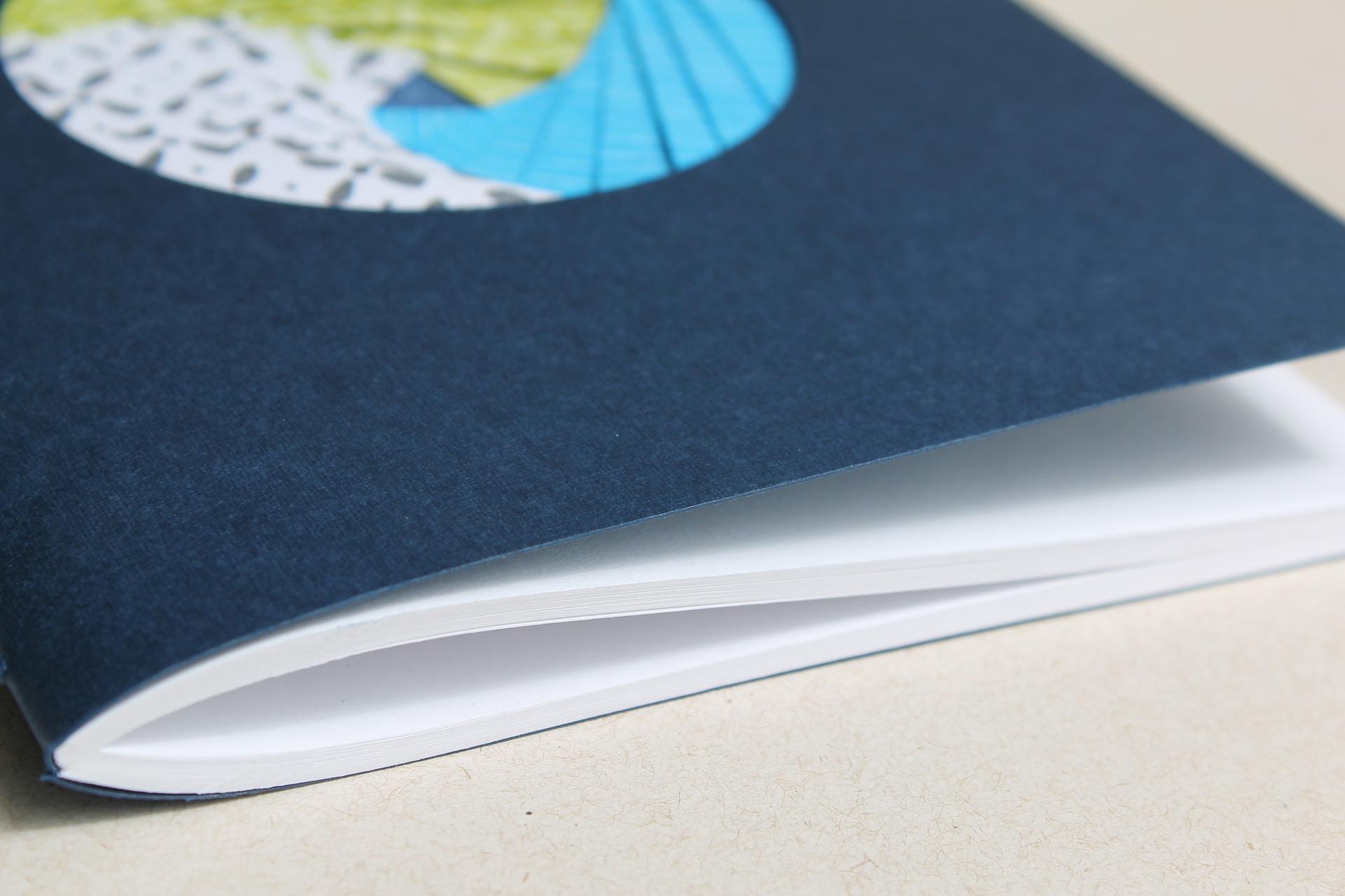 address-book-2739895_1920